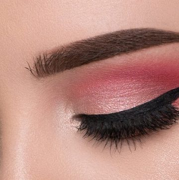 MAKEUP TIPS FOR ATTRACTIVE EYES